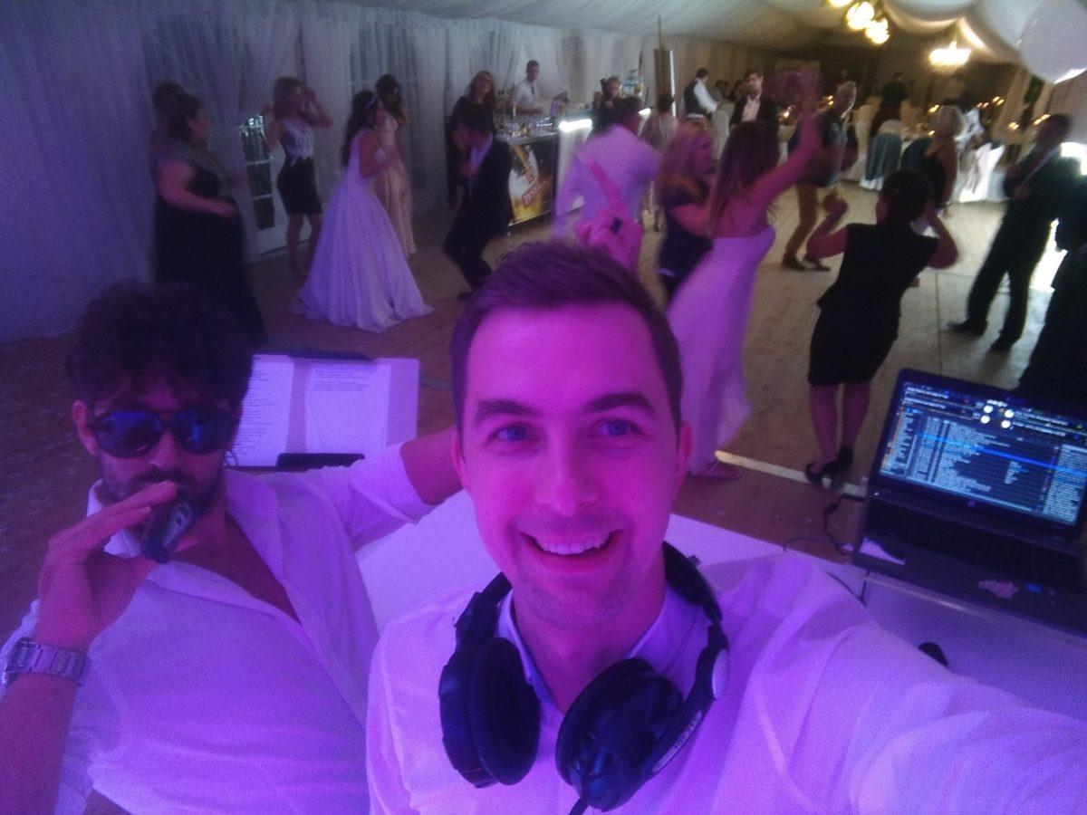 DJ i wokalista - dobry duet na wesele - Śląsk