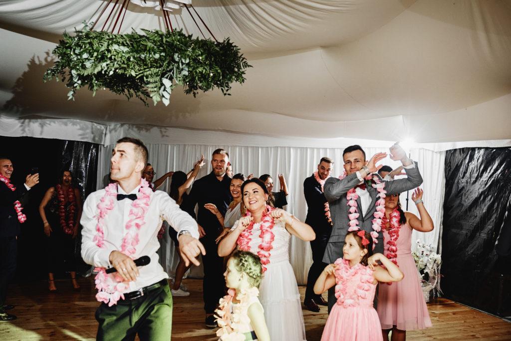 Waka Waka taniec animacyjny na weselu